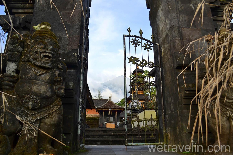 храм Бесаких