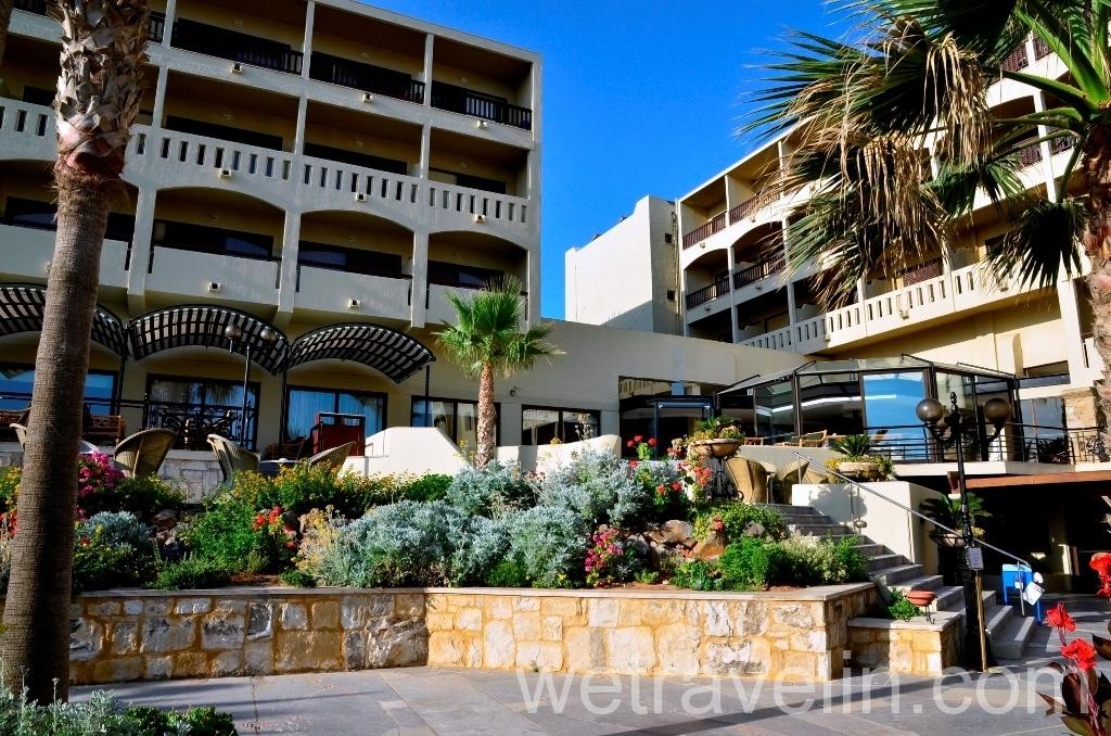 отель Aquila Rithymna Beach