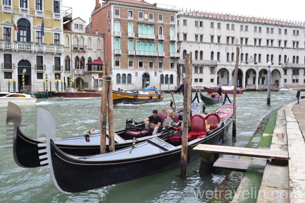 гондолы в венеции