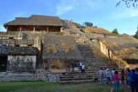 главная пирамида в Эк Балам