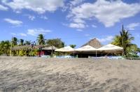 пляж Poneloya
